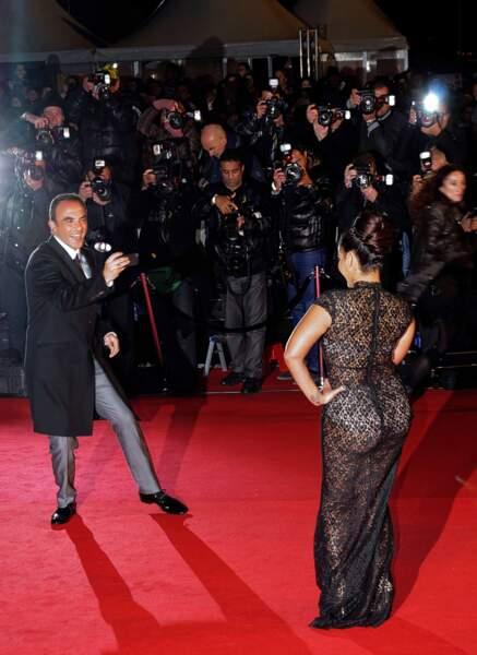 Amel Bent a tenté plusieurs tenues au fil des éditions, la palme revient à sa robe transparente en 2014