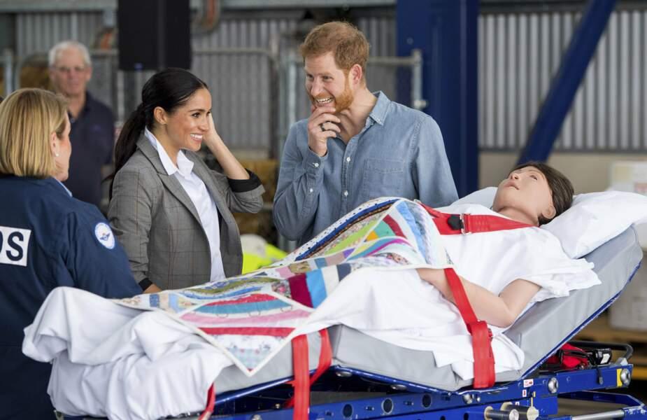Meghan Markle et le Prince Harry découvrent une couveuse d'entraînement...