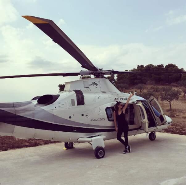 Idem pour Lily Aldrige, mais en Grèce.