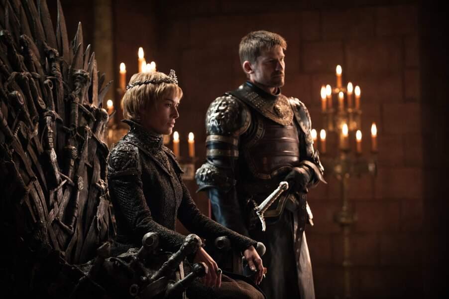 Sur le trône, Cersei n'a pas l'air d'être à la fête