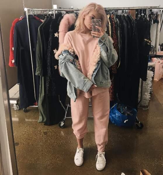 Kylie Jenner est sortie en pyjama