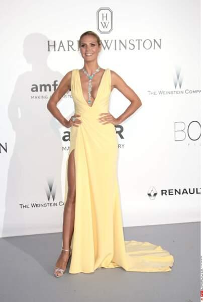 Du jaune pour Heidi Klum