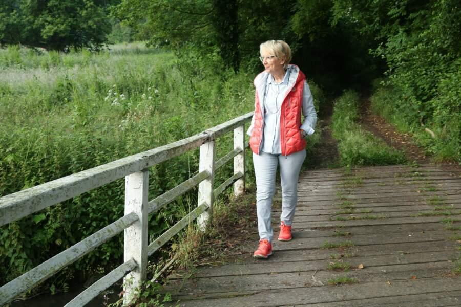 Tous les matins, la blogueuse fait une longue marche dans le parc du château du Meilleur Pâtissier
