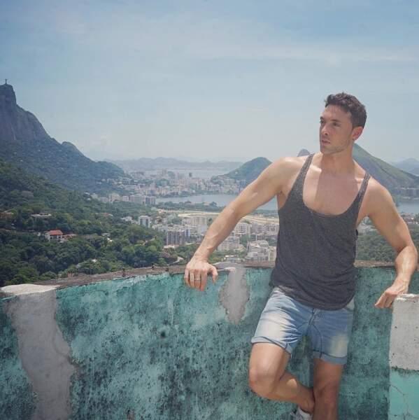 Et que dire de celle derrière Maxime Dereymez, au Brésil ?