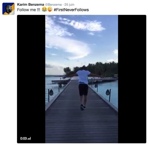 Mais il n'a pas fait que buller sur la plage, comme l'atteste une vidéo de jogging postée sur son compte Twitter