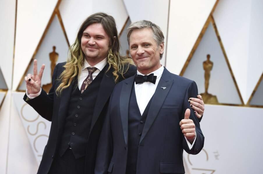 Viggo Mortensen et son fils Henry, les Oscars en famille