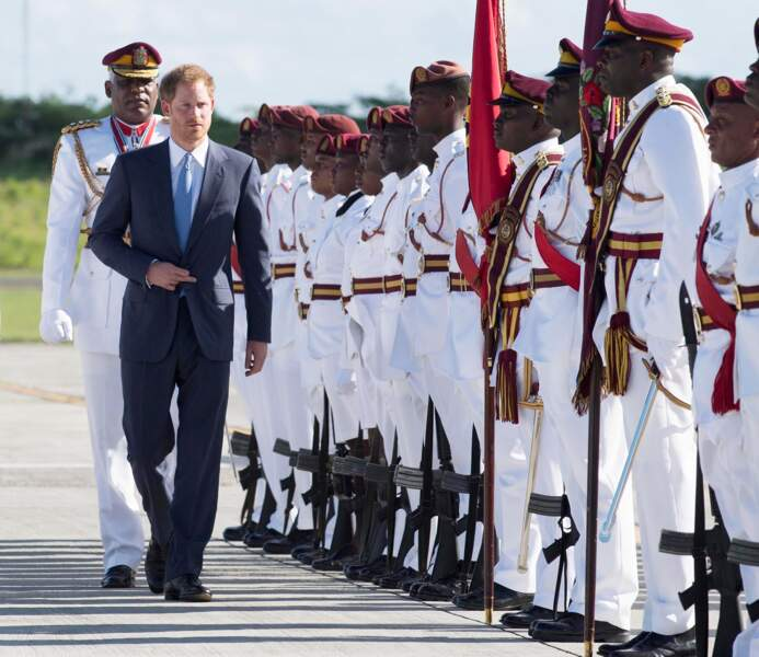 Le prince Harry débarque à Antigua, première étape de son voyage de deux semaines