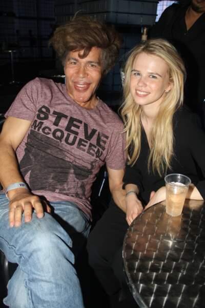 Igor Bogdanoff a une nouvelle blonde dans sa vie : Julie Jardon.