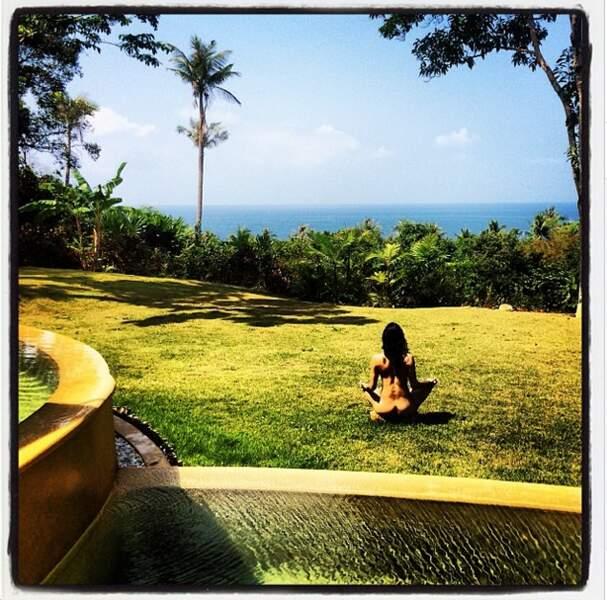 Sinon, Michelle Rodriguez qui fait du yoga : c'est toute nue !