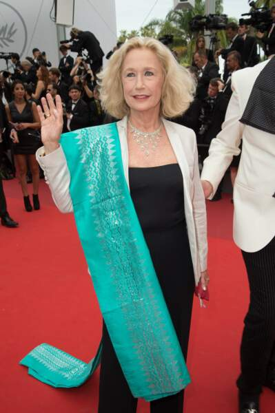 Brigitte Fossey et son set de table vert