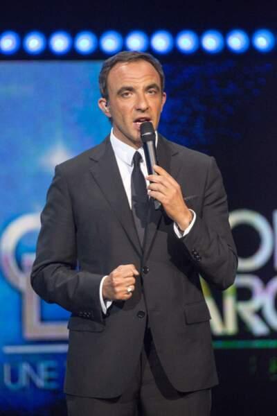 Nikos Aliagas, le maître de cérémonie, qui a rencontré Grégory lors de la Star Academy