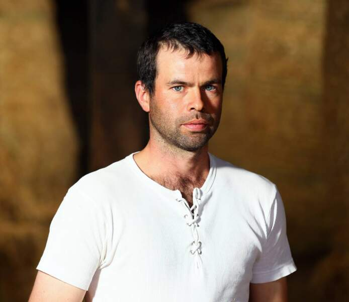 Nicolas, 33 ans, élève des vaches laitières.