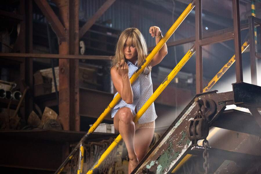 2013 : Jennifer Aniston en strip-teaseuse sexy dans Les Miller, une famille en herbe