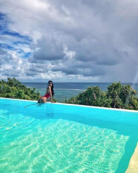 Actuellement à la Martinique, Shy'm en a profité pour nous dévoiler son corps de rêve.