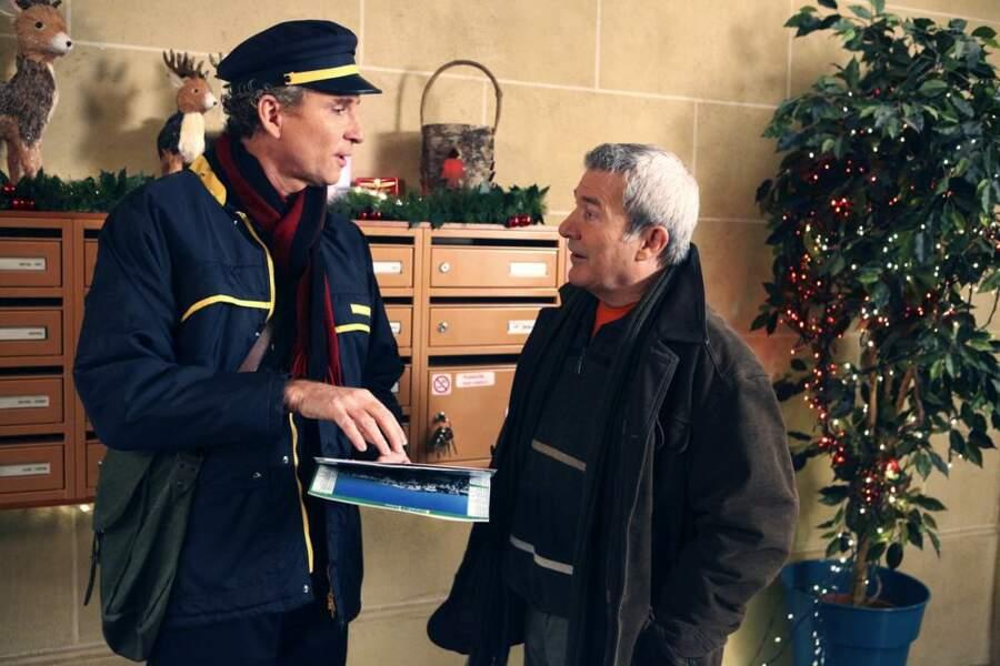 Denis Brognart vend un calendrier à Martin Lamotte