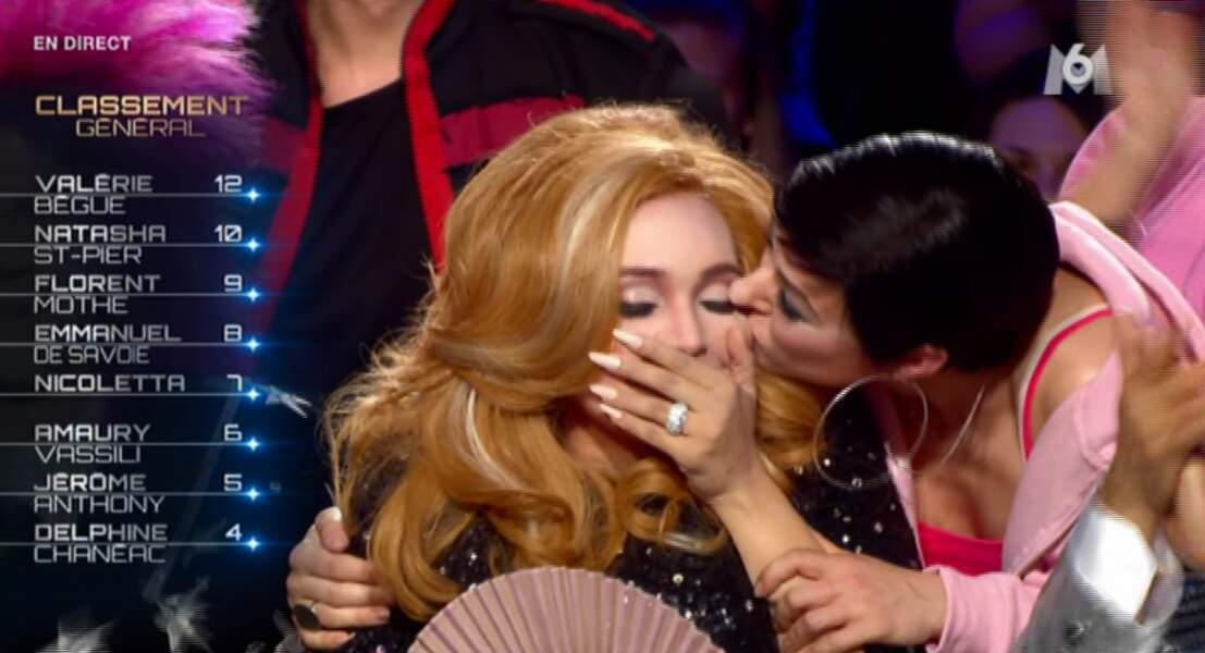 Et le Grammy awards de la soirée revient à... Adèle !