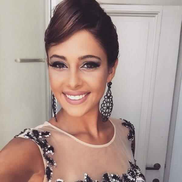 En 2014, elle a été finaliste du concours Miss Belgique 2014 (quelle bombe !)