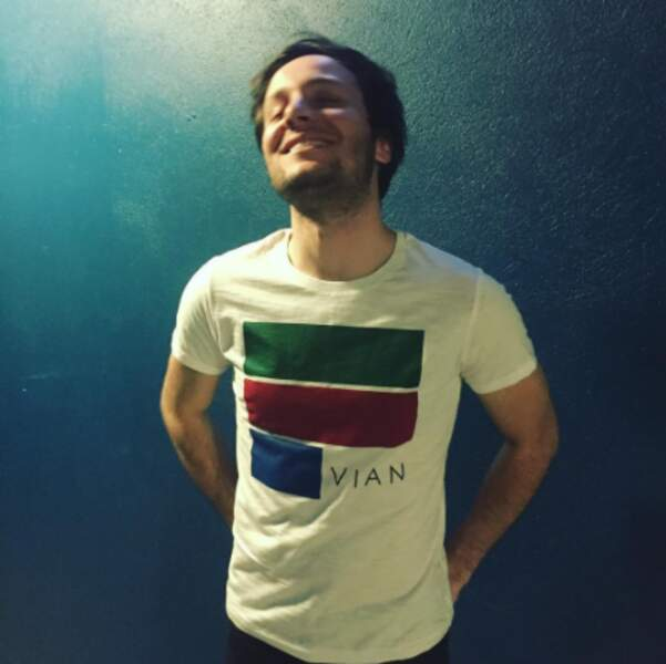 Contrairement à Vianney, trop heureux de porter un t-shirt qu'il a créé.