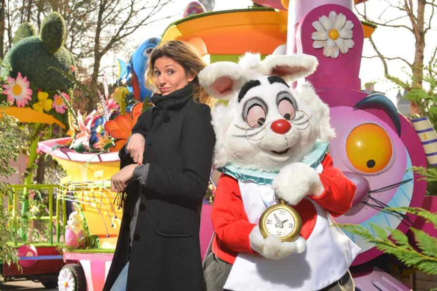 Caroline Ithurbide fête le printemps à Disneyland Paris
