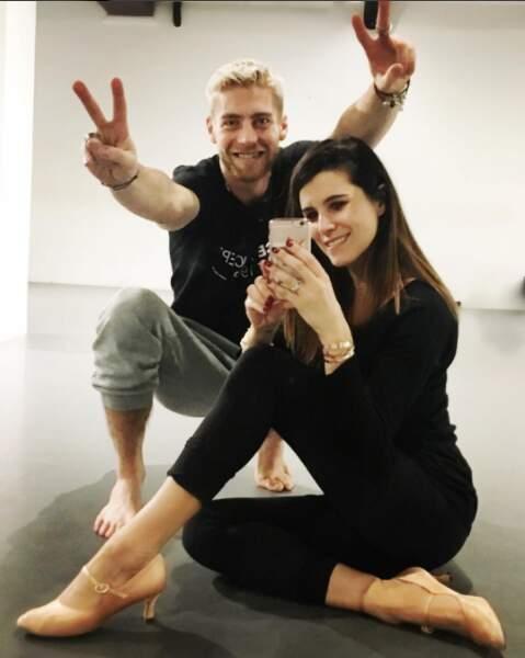 Yann-Alrick visiblement très content de retrouver sa partenaire Karine Ferri