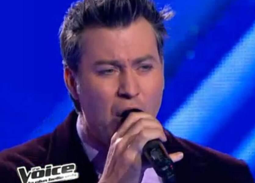 Chris Keller a passé les auditions à l'aveugle de The Voice saison 2... Les jurés ne se sont pas retournés