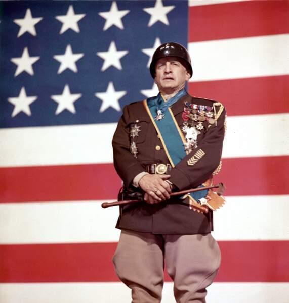 Le Général George S. Patton (George C. Scott) dans toute sa splendeur dans Patton (1970)