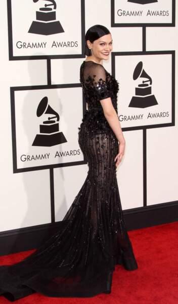 Longue robe pour Jessie J