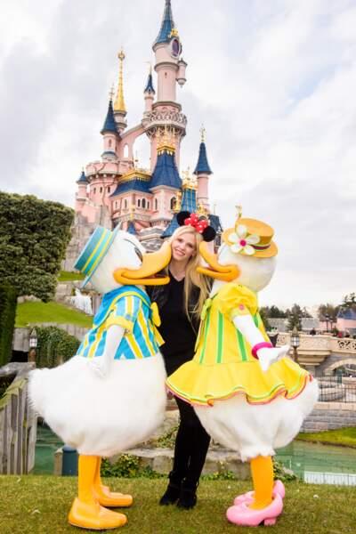 Lara Stone fête le printemps à Disneyland Paris
