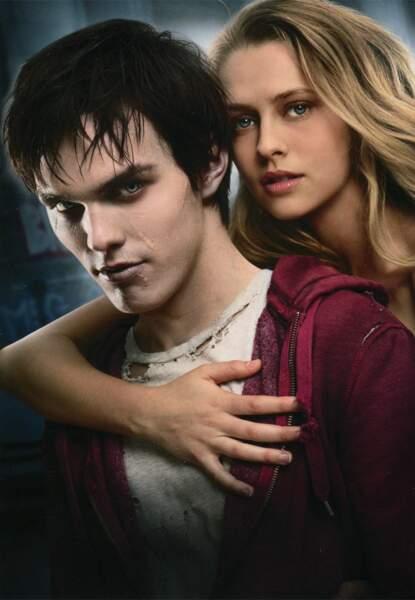 Avec un zombie : Nicholas Hoult et Teresa Palmer dans Warm Bodies (2013)