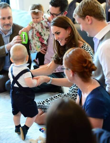 Le petit prince a esquissé quelques pas de danse...