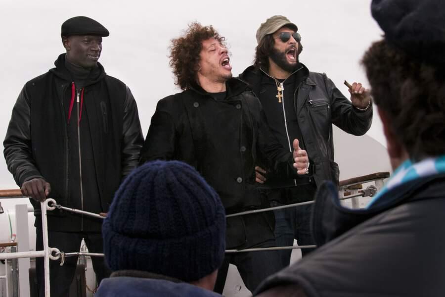 Omar Sy, Joey Starr et Ramzy sont sur un bateau