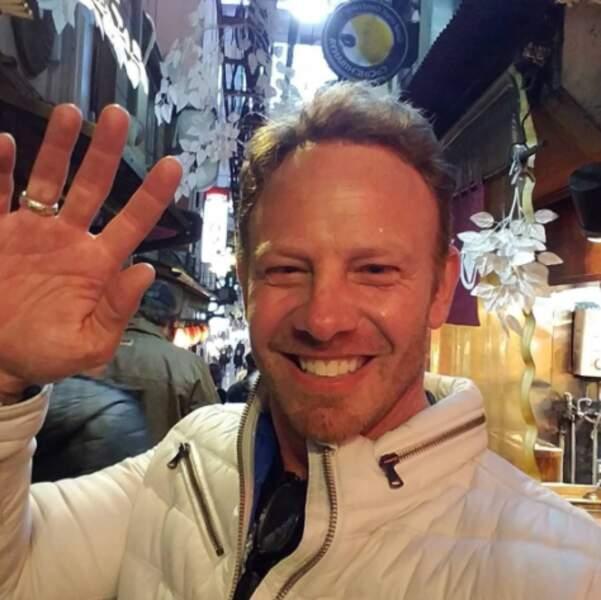 Hey ! Vous avez le salut de Ian Ziering.