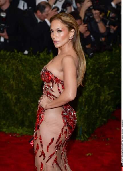 Même à 40 ans, Jennifer Lopez est toujours aussi sexy