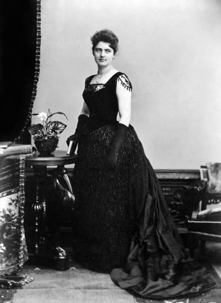 Frances Cleveland, femme du 22è président (1886/1889) a été la première First Lady enceinte à la Maison Blanche