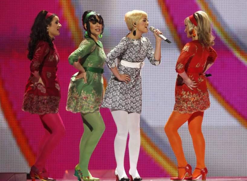 Les quatre chanteuses serbes ont revisité les années 50. Ca pique un peu les yeux.