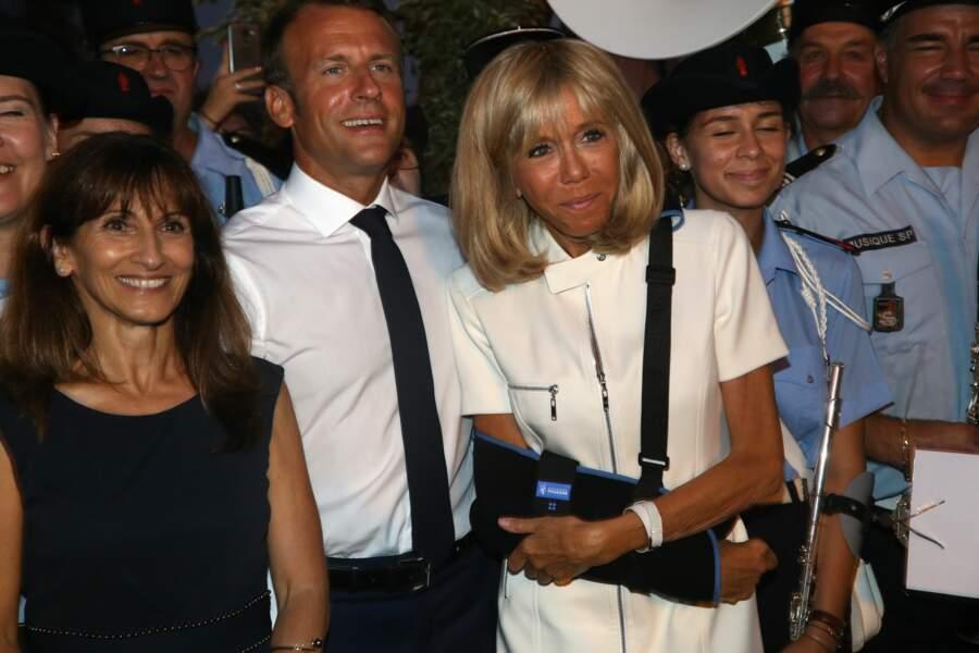 Brigitte Macron s'est luxé l'épaule pendant ses vacances dans le Var