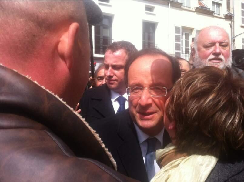 24. François Hollande (@fhollande) - Président de la République (564 301 followers)