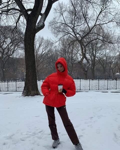 Parfois Emily Ratajkowski s'habille autrement qu'en maillot !