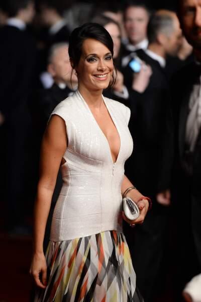 Karine Lima, très en beauté sur le tapis rouge