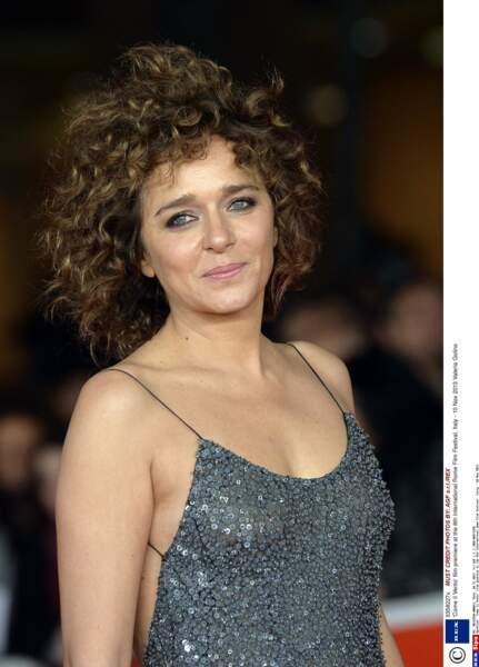 La belle Italienne, Valeria Golino a vécu 4 ans avec Benicio de 1988 à 1992. La plus longue idylle pour l'acteur