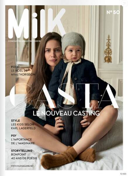 En décembre 2015, elle surprend son monde en s'affichant avec sa fille en couverture du magazine Milk.