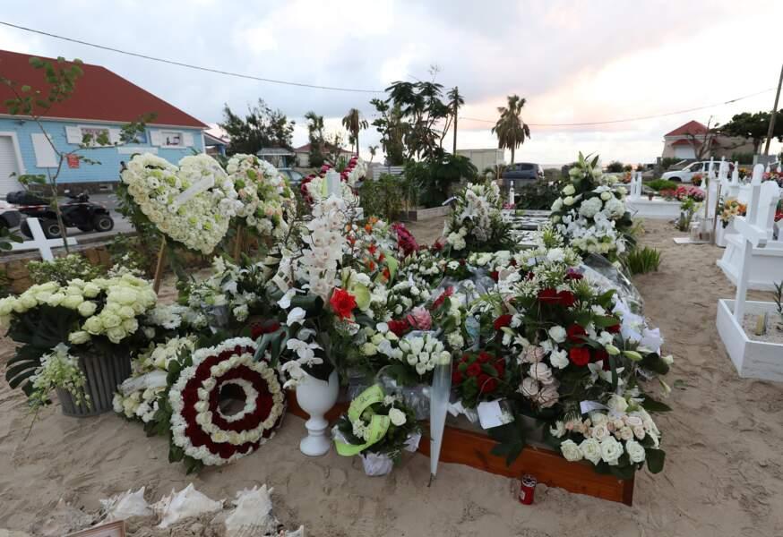 Ce 11 décembre, la famille et les amis très proches ont enterré Johnny Hallyday