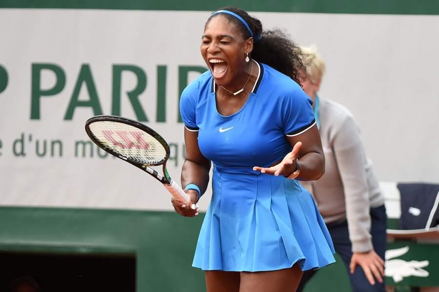 Pourtant, Serena donne de la voix