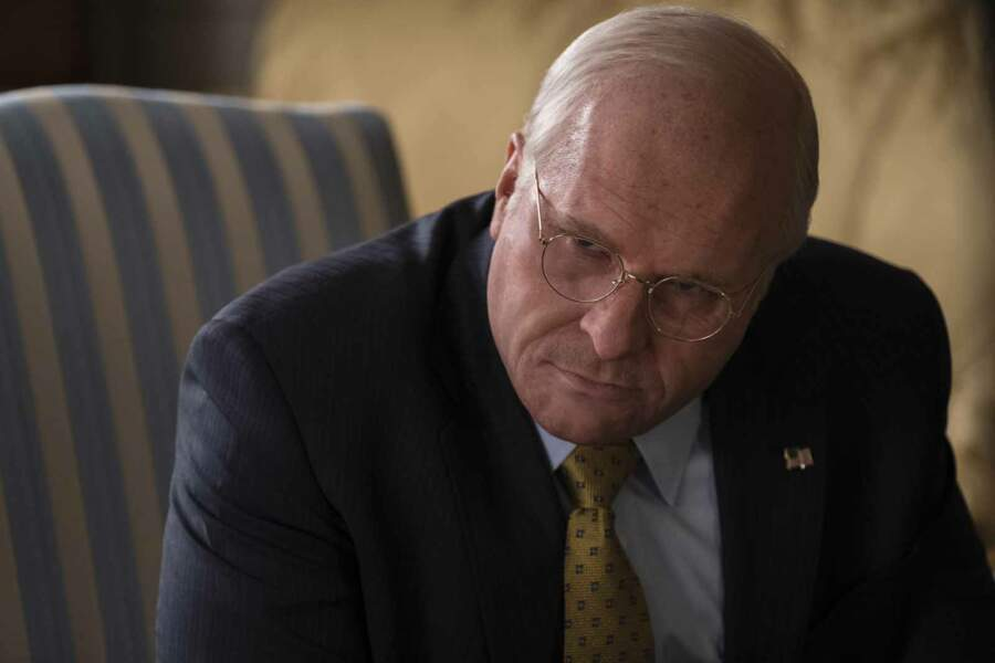 Dernière transformation en date : il a pris 18 kilos et s'est rasé la tête pour incarner Dick Cheney dans Vice