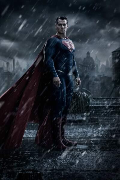 Même acteur, même costume mais une atmosphère plus sombre pour le futur Batman vs Superman