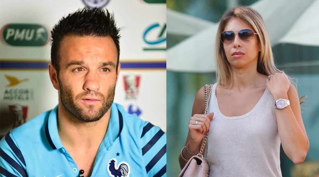 Premier bébé pour le footballeur Mathieu Valbuena et sa compagne Fanny Lafon.