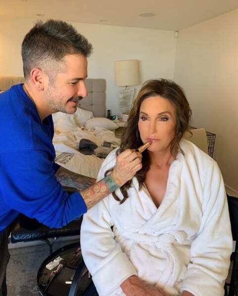 Caitlyn Jenner passe au maquillage