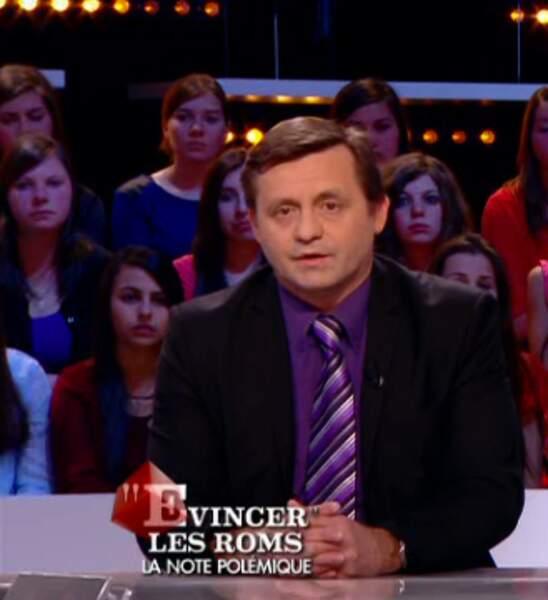 """Dans la catégorie """"cravate-gate"""" : Jean-Pierre Colombies, camaïeu de violet"""