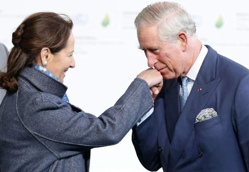 Octobre : En vue de la Cop 21 : Royale, Ségolène rencontre son prince Charles à Londres