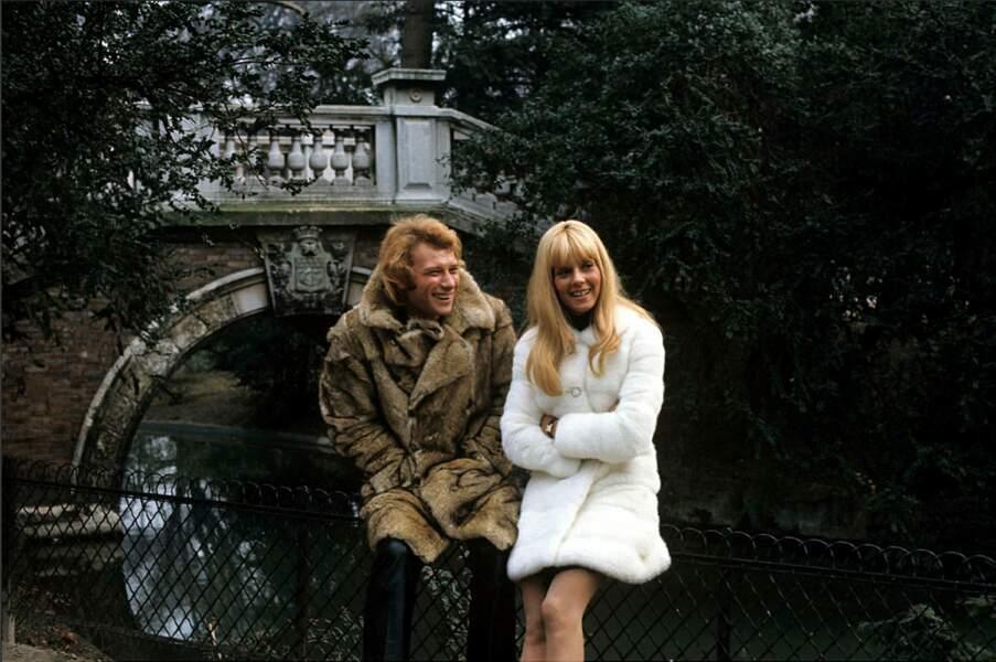 Sylvie Vartan et Johnny Hallyday se sont mariés en 1965, leur fils David naît un an après